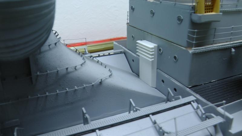 Bismarck 1:100 nur die Aufbauten  - Seite 19 S1470013