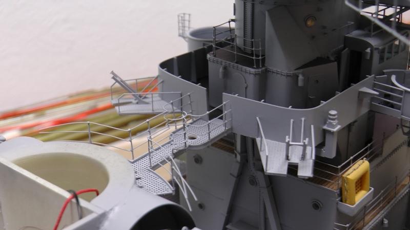 Bismarck 1:100 nur die Aufbauten  - Seite 19 S1480014
