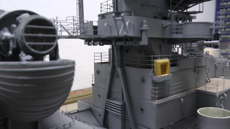 Bismarck 1:100 nur die Aufbauten  - Seite 19 S1510011