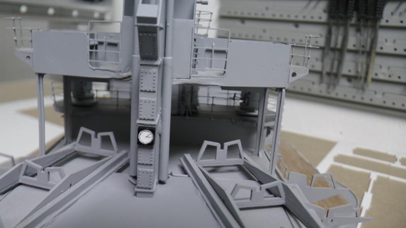 Bismarck 1:100 nur die Aufbauten  - Seite 19 S1600015