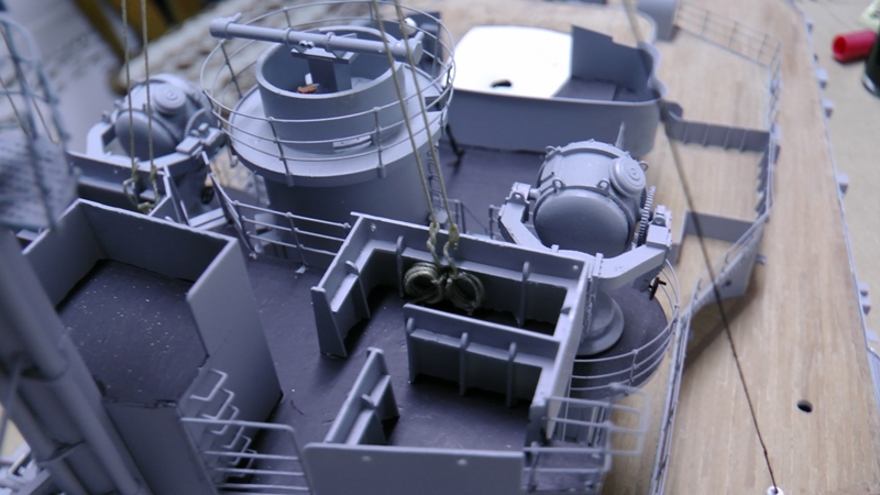Bismarck 1:100 nur die Aufbauten  - Seite 19 S1630022