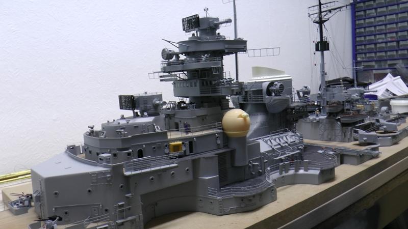 Bau der Bismarck in 1:100  - Seite 20 S1820010