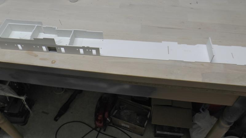 Flugzeugträger Graf Zeppelin 1:100 - Seite 35 S2030012