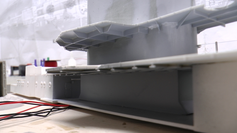 Flugzeugträger Graf Zeppelin 1:100 - Seite 35 S2130010
