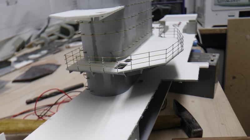 Flugzeugträger Graf Zeppelin 1:100 - Seite 35 S2140011