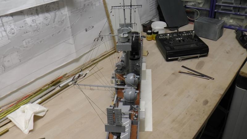 Flugzeugträger Graf Zeppelin 1:100 - Seite 36 S2440041