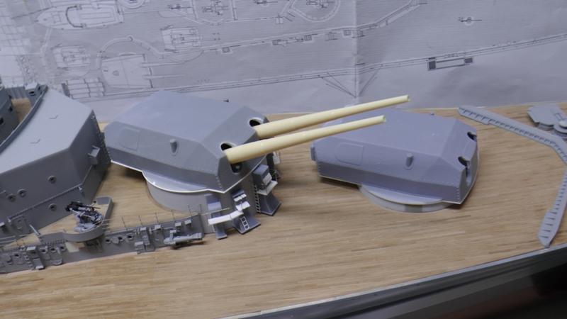 Bau der Bismarck in 1:100  - Seite 22 S2760021