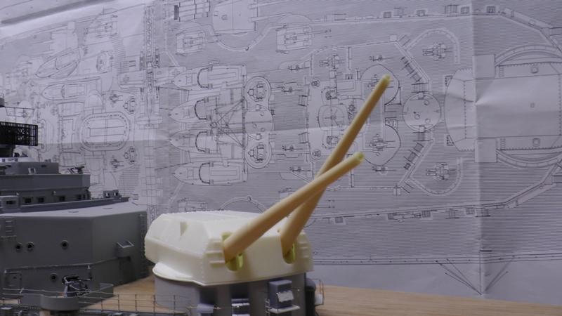 Bau der Bismarck in 1:100  - Seite 22 S2810012