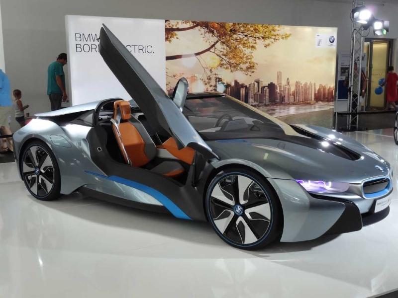BMW-i8, RC-Fertigmodell Dsc00710