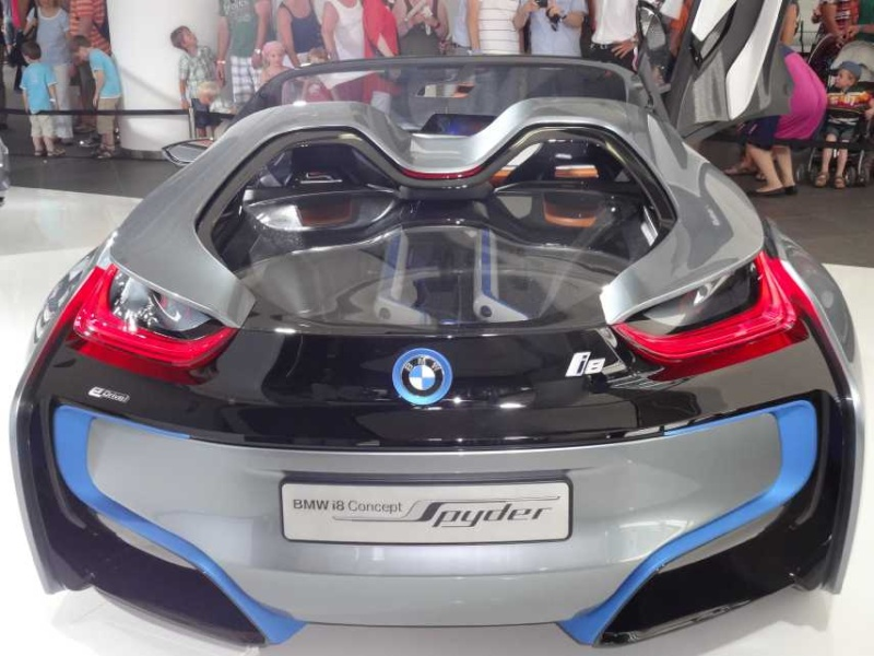 BMW-i8, RC-Fertigmodell Dsc00711