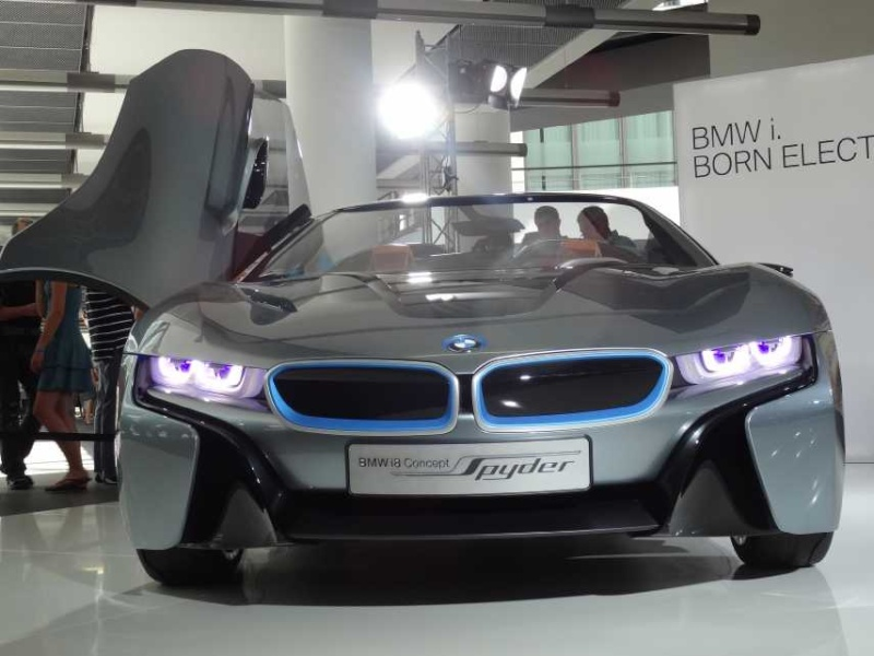 BMW-i8, RC-Fertigmodell Dsc00714