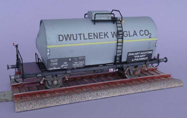 Kohlensäure-Kesselwagen, 1:45 vom ADW-Verlag Dsc02637