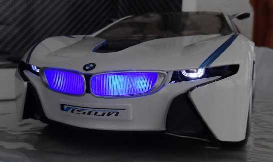 BMW-i8, RC-Fertigmodell Dsc02659