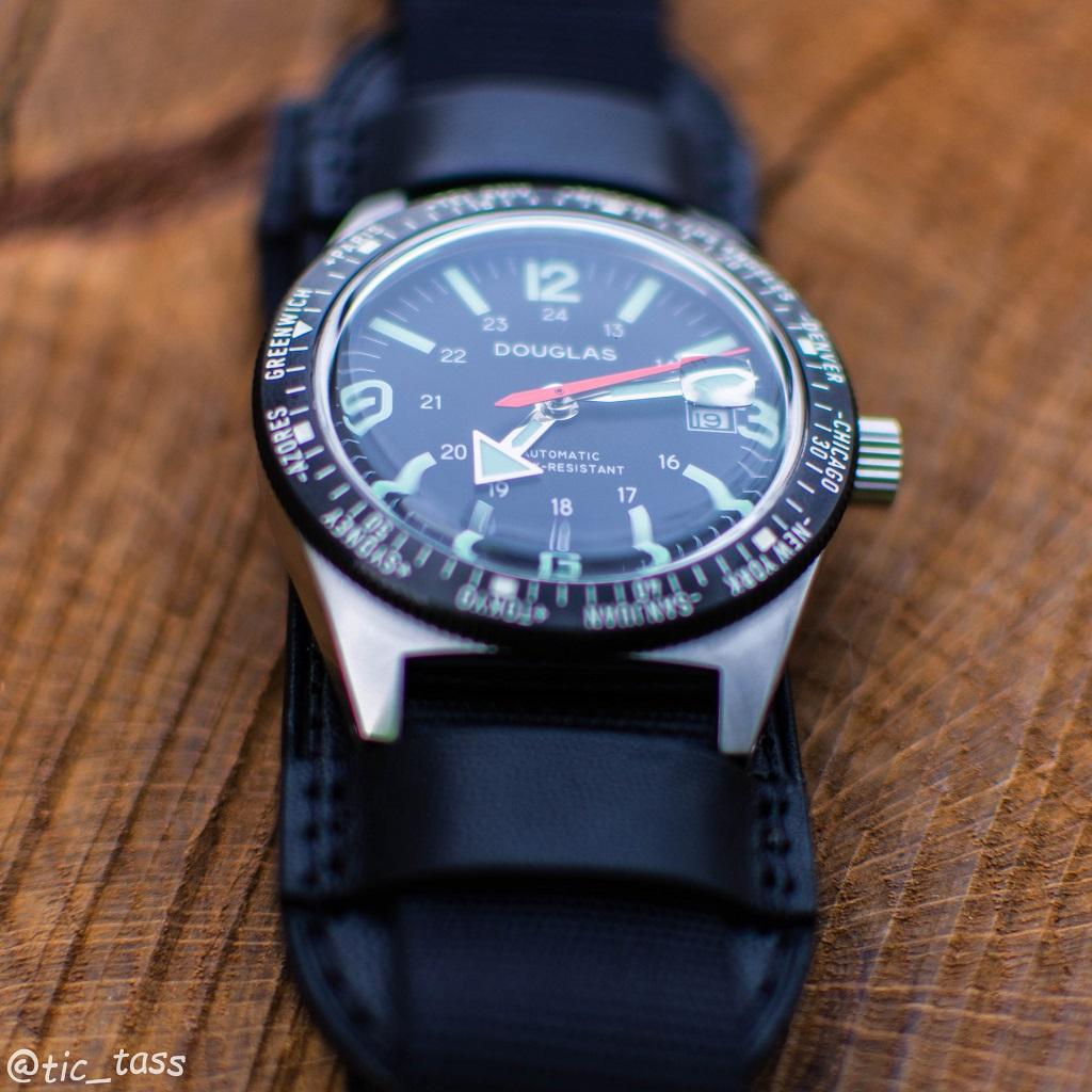 [Revue]Douglas Skindiver Worldtimer Professional X-15 Edition _dsc5522
