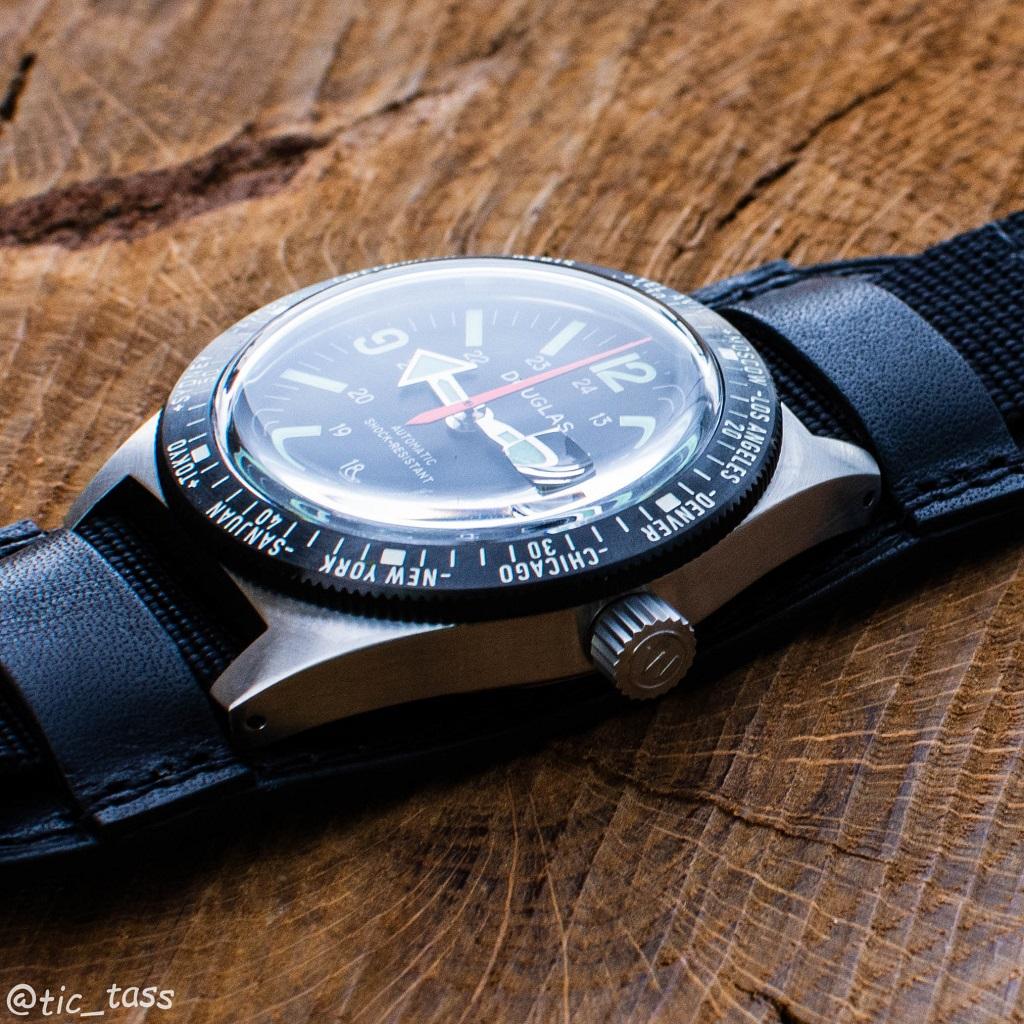 [Revue]Douglas Skindiver Worldtimer Professional X-15 Edition _dsc5523