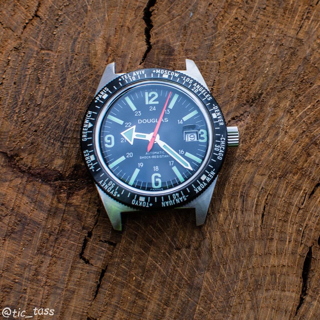 [Revue]Douglas Skindiver Worldtimer Professional X-15 Edition _dsc5612