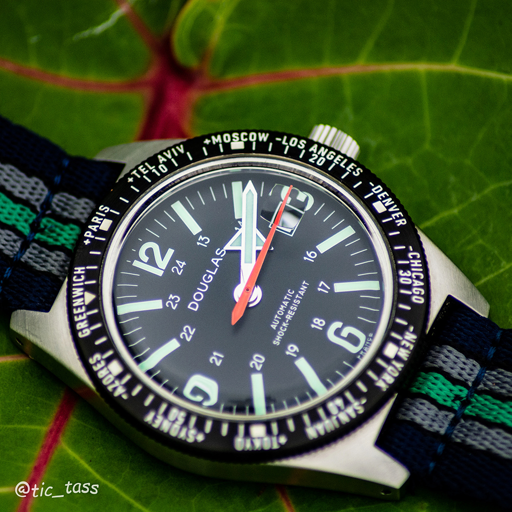 [Revue]Douglas Skindiver Worldtimer Professional X-15 Edition _dsc6210