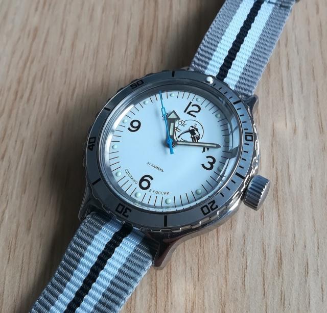 Vos montres russes customisées/modifiées - Page 9 Img_2053