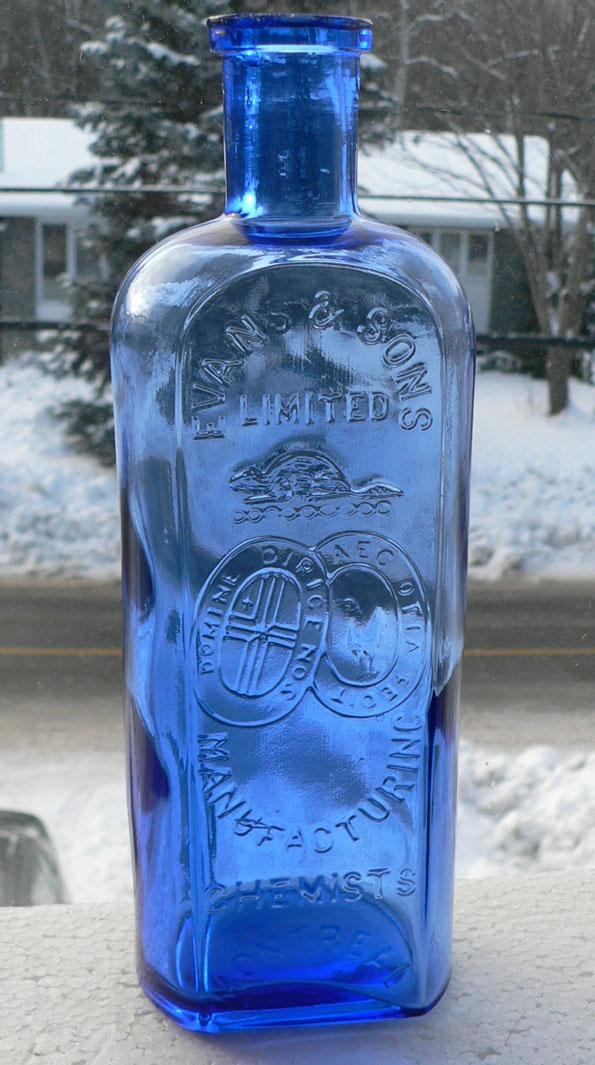 La bouteille la plus cool du forum Evans10