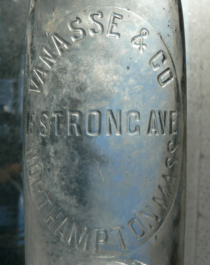 VANASSE & CO - Northampton, MA - 12oz BIMAL claire Vanass10