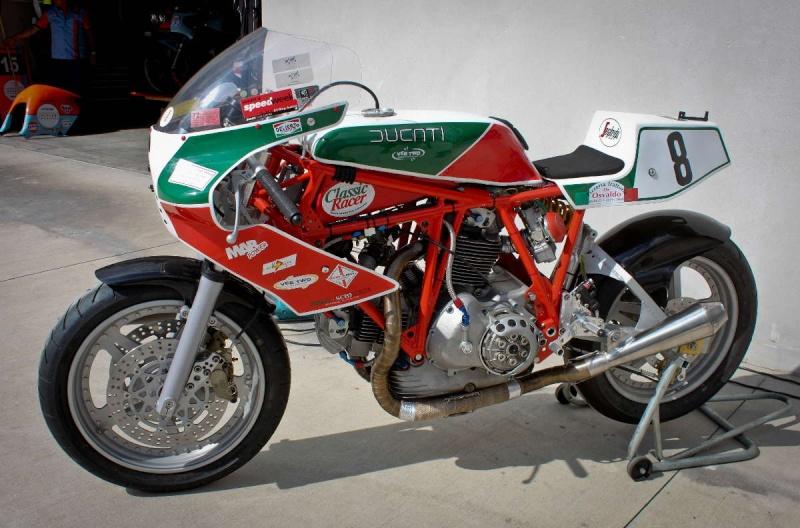 Ducati Twins à Couples Coniques : C'est ICI - Page 2 200_mi11