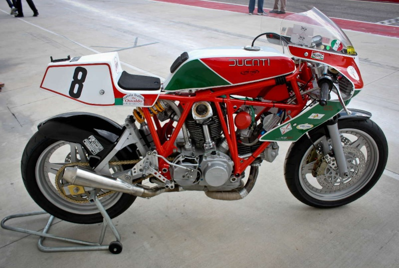 Ducati Twins à Couples Coniques : C'est ICI - Page 2 200_mi12