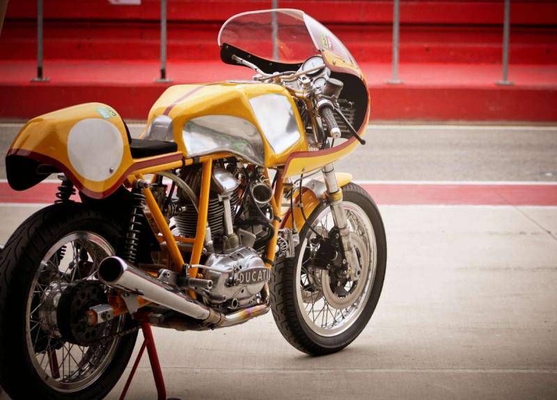 Ducati Twins à Couples Coniques : C'est ICI - Page 2 200_mi13