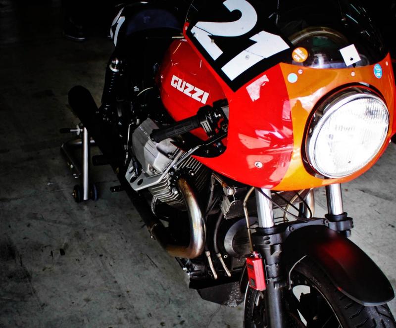 Guzzi... juste l'essentiel des Café Racer 2, la suite... 200mig28