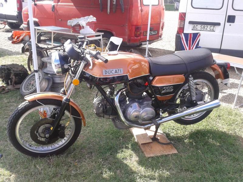 Ducati Twins à Couples Coniques : C'est ICI - Page 2 2012-010