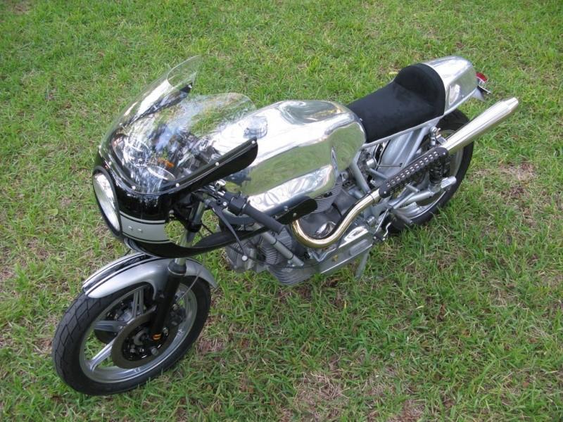 Ducati Twins à Couples Coniques : C'est ICI - Page 2 31239910