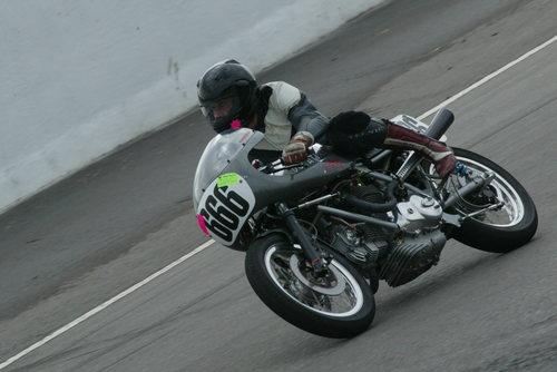 Ducati Twins à Couples Coniques : C'est ICI - Page 4 6a00d810