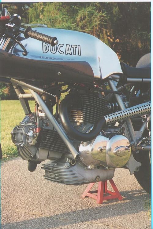 les plus beaux moteurs - Page 11 6a00d814