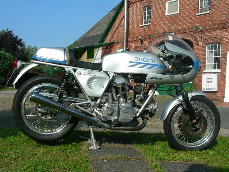 Ducati Twins à Couples Coniques : C'est ICI - Page 4 750ss010