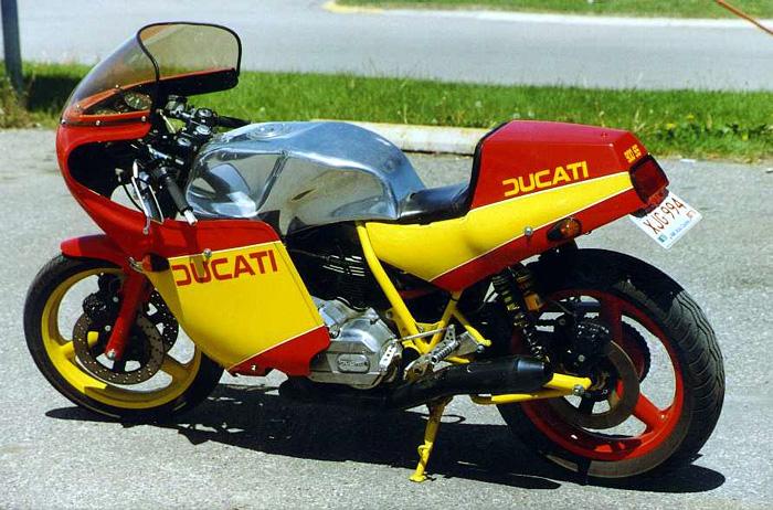 Ducati Twins à Couples Coniques : C'est ICI - Page 4 Chris-10