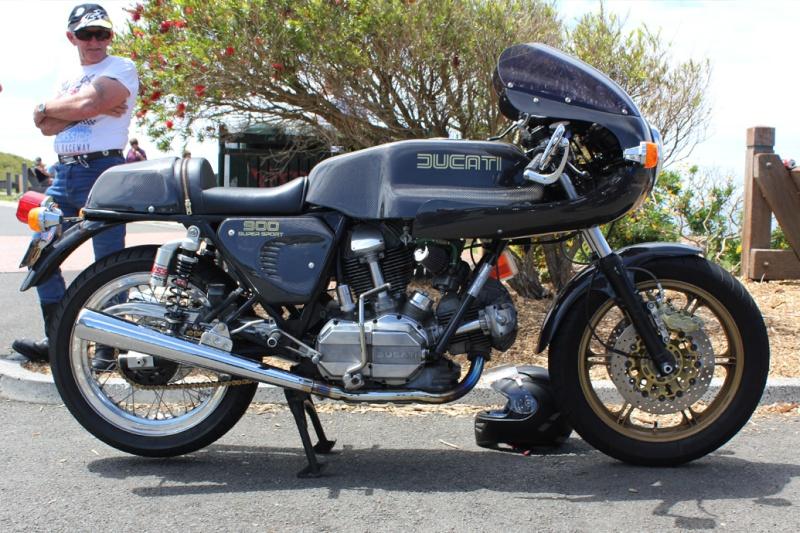 Ducati Twins à Couples Coniques : C'est ICI - Page 2 Desmo910