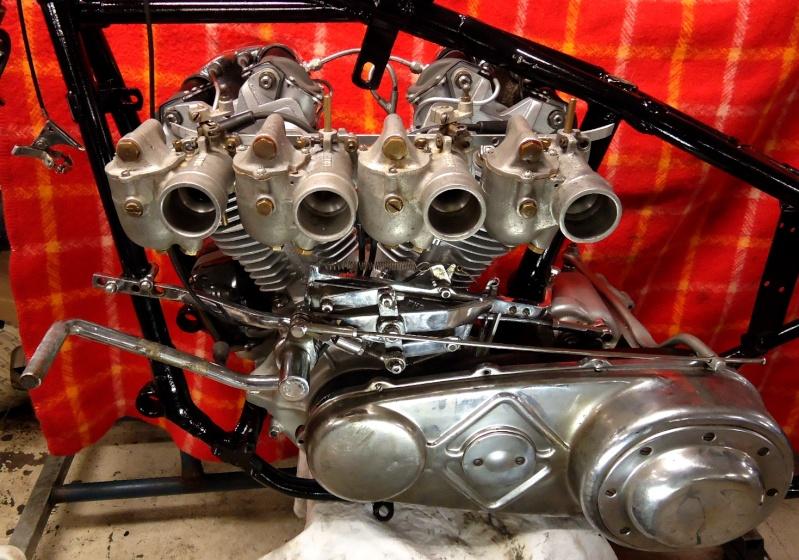 les plus beaux moteurs - Page 11 Dsc02710
