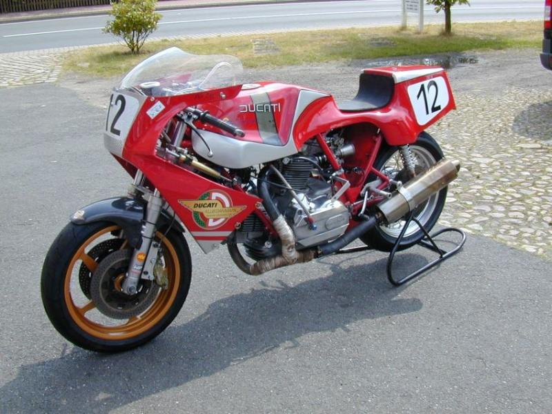 Ducati Twins à Couples Coniques : C'est ICI - Page 4 Dscn2010