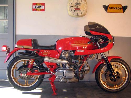 Ducati Twins à Couples Coniques : C'est ICI - Page 2 Ducati17
