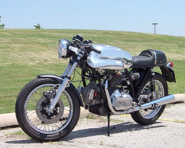 Ducati Twins à Couples Coniques : C'est ICI - Page 4 Ducati27