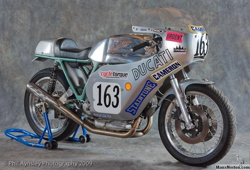 Ducati Twins à Couples Coniques : C'est ICI - Page 4 Ducati34