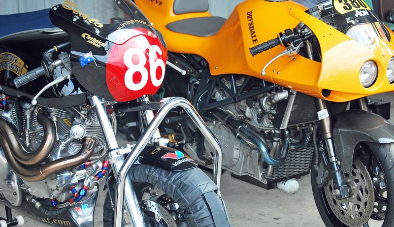 V8 Edsc_210