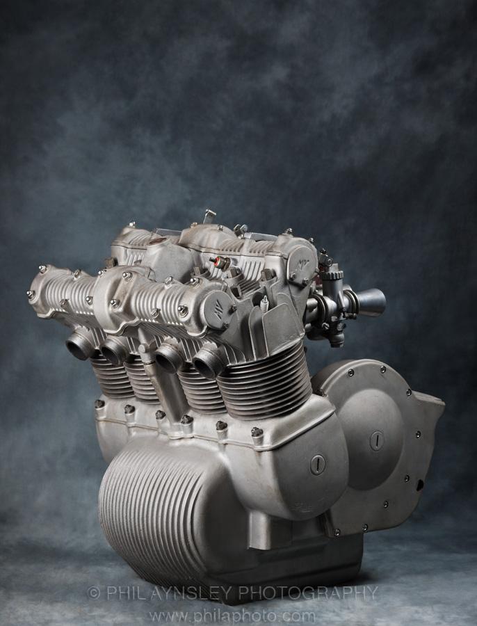 les plus beaux moteurs - Page 12 Engine12