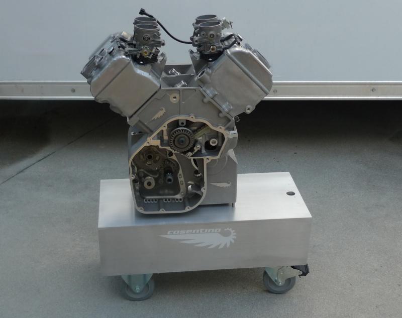 les plus beaux moteurs - Page 12 Engine15