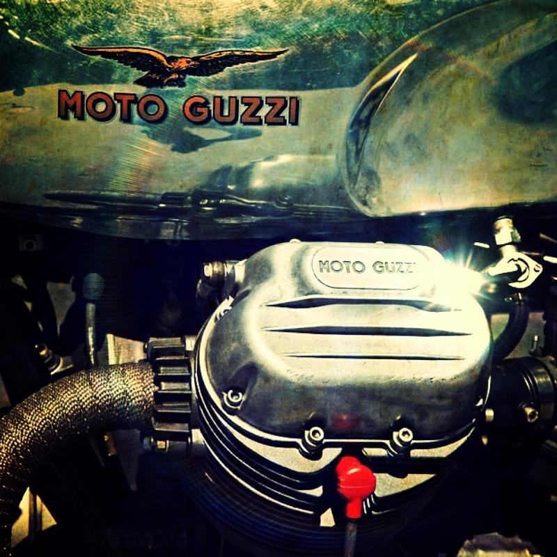 Guzzi... juste l'essentiel des Café Racer 2, la suite... - Page 2 Img_2610