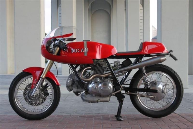Ducati Twins à Couples Coniques : C'est ICI - Page 3 Img_7710