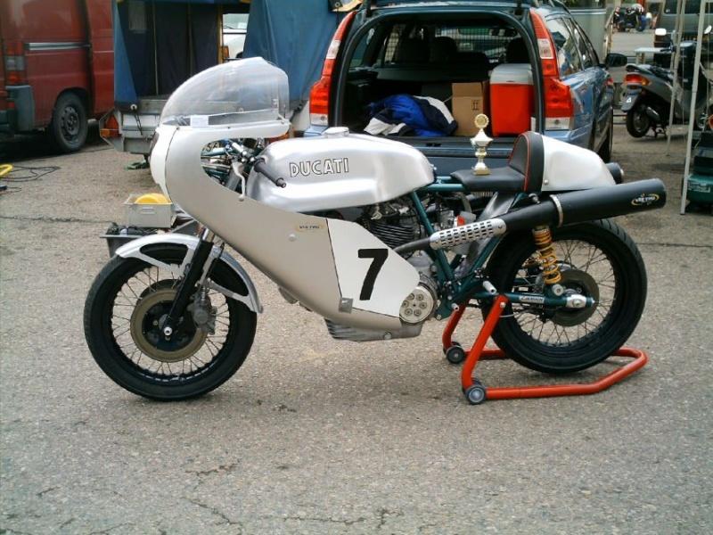 Ducati Twins à Couples Coniques : C'est ICI - Page 4 Kentjk10