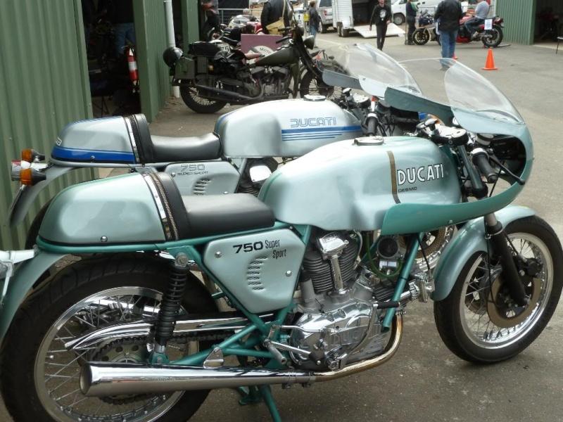 Ducati Twins à Couples Coniques : C'est ICI Lucy0612