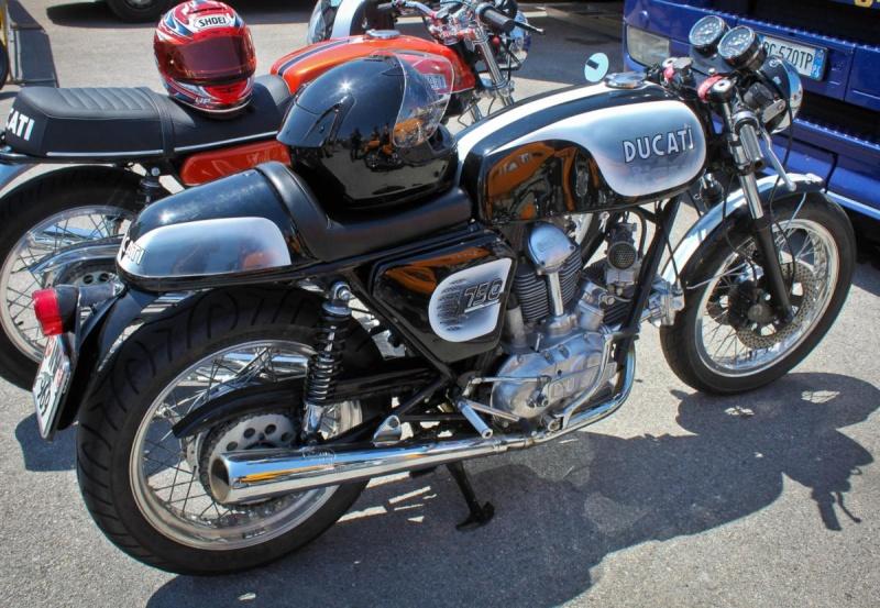 Ducati Twins à Couples Coniques : C'est ICI - Page 3 Ottone12