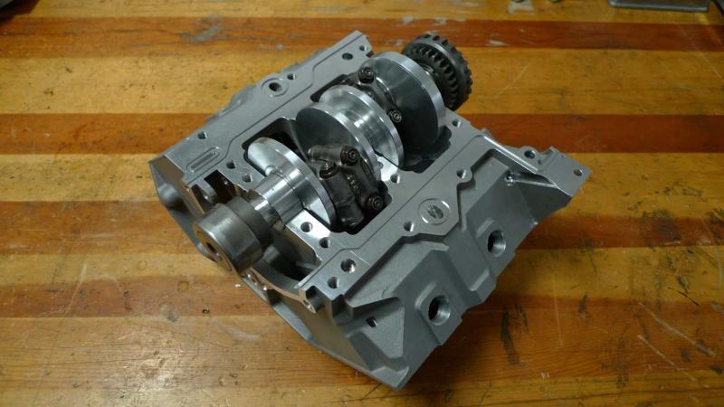 les plus beaux moteurs - Page 12 P1000511