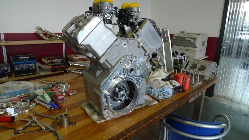 les plus beaux moteurs - Page 12 P1000810